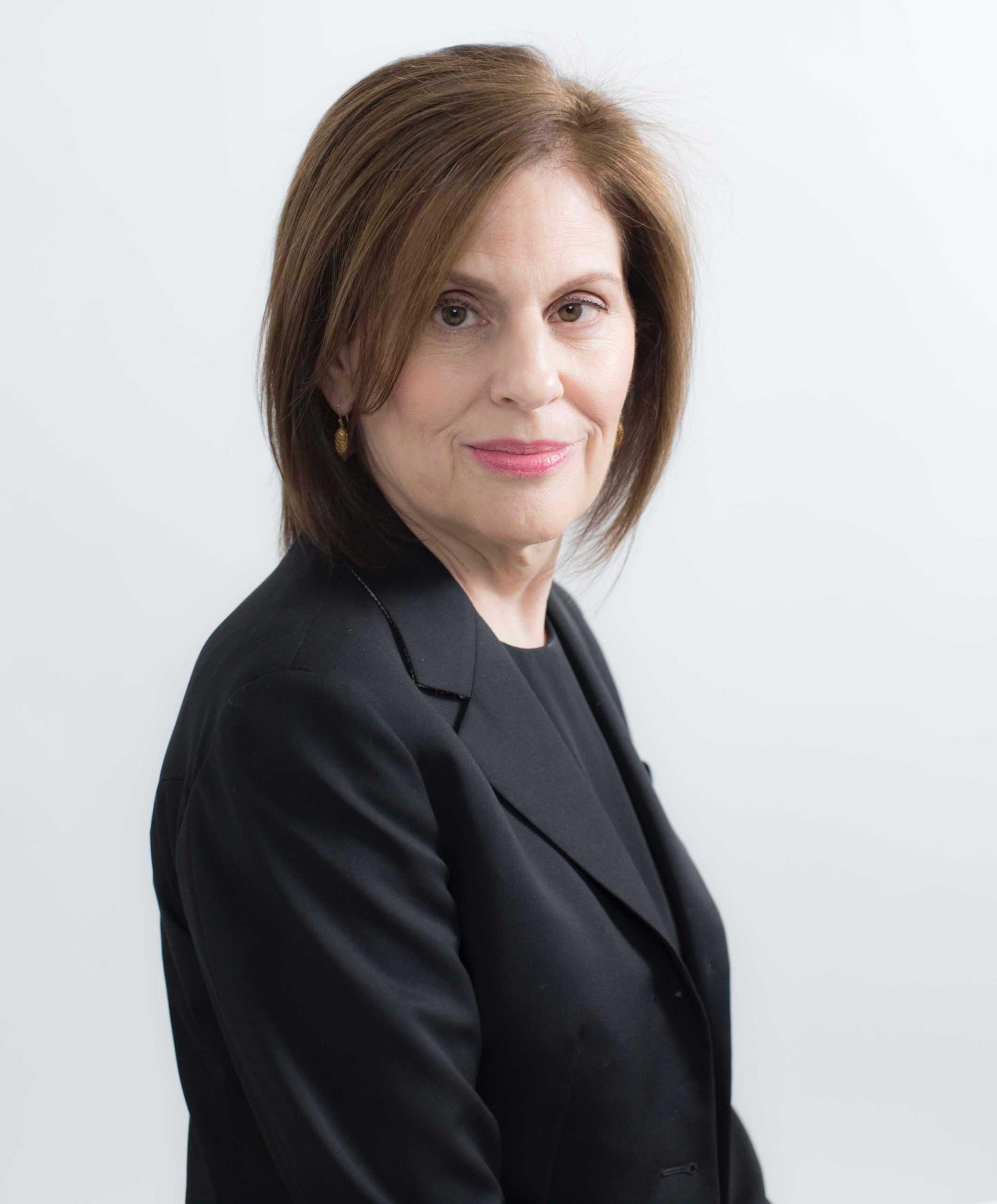 The Inside Scoop with Linda G. Levy: Moving Forward with Optimism